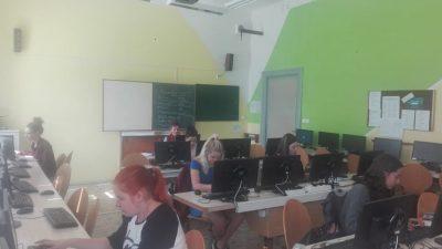 Státní zkouška zkancelářského psaní na klávesnici